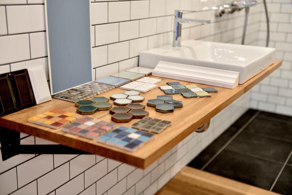 ショールーム洗面台・タイルサンプル