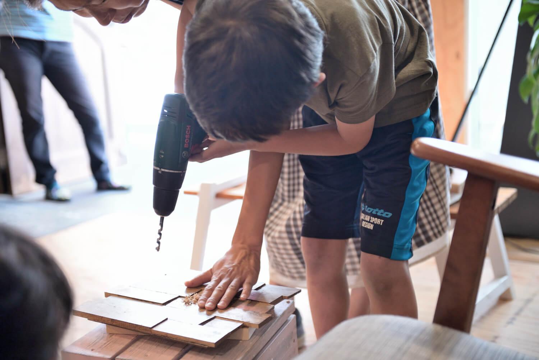 イベントレポート「DIY体験!木の時計づくりワークショップ」で手作りをインテリアに写真9