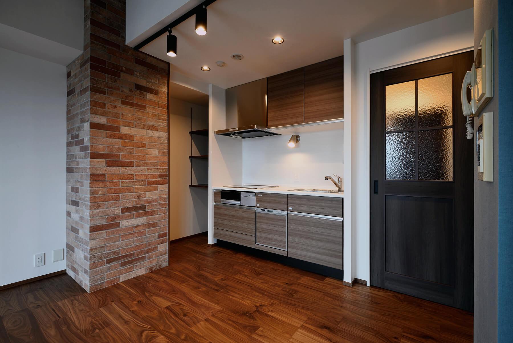 アクセントクロスでキッチンやトイレをおしゃれ空間に 選び方 使い方