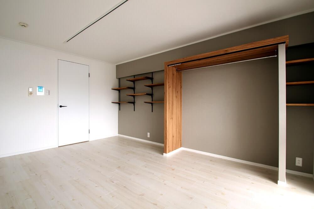 9異なる収納棚で楽しむディスプレイ空間